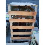 Дерев'яні ящики для рослин в горщиках